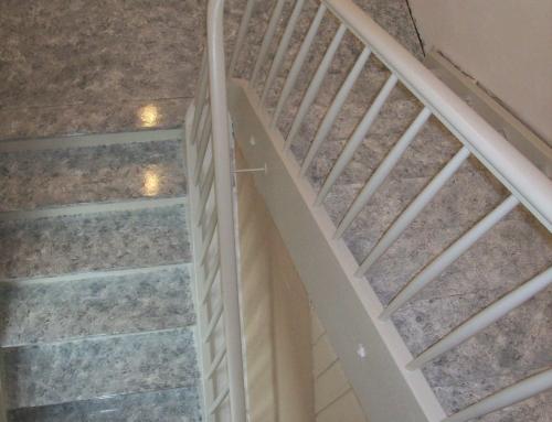 Renovierung Holztreppe Granitimitat